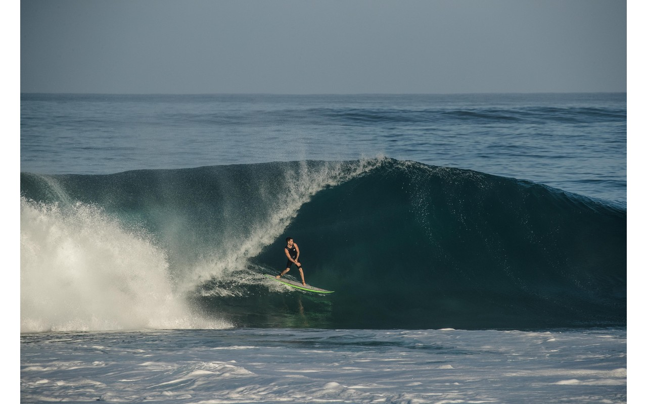 mason-ho-going-casual-at-pipeline