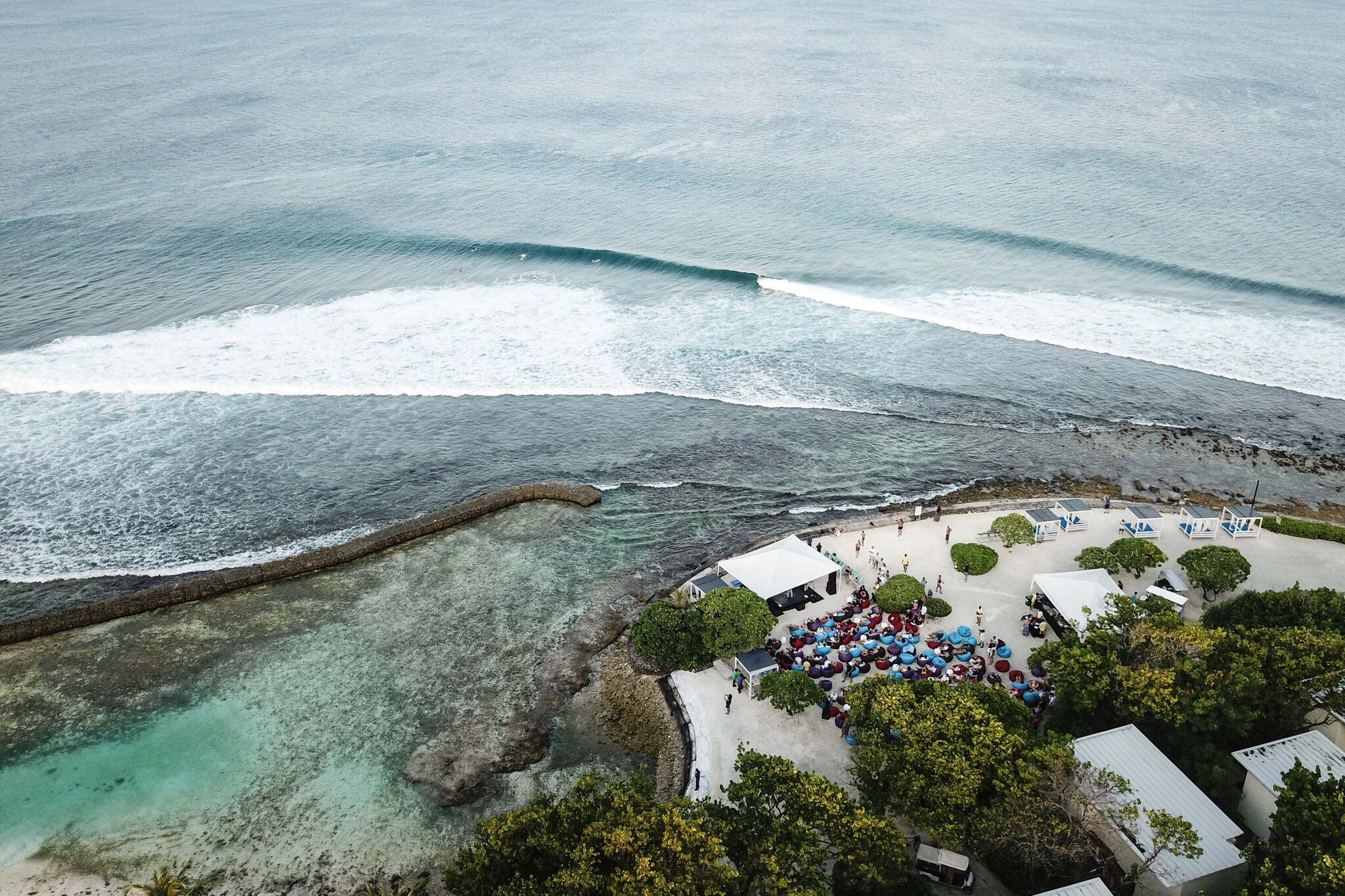 Kandooma Right again. Photo - Andy Potts C/O The Perfect Wave