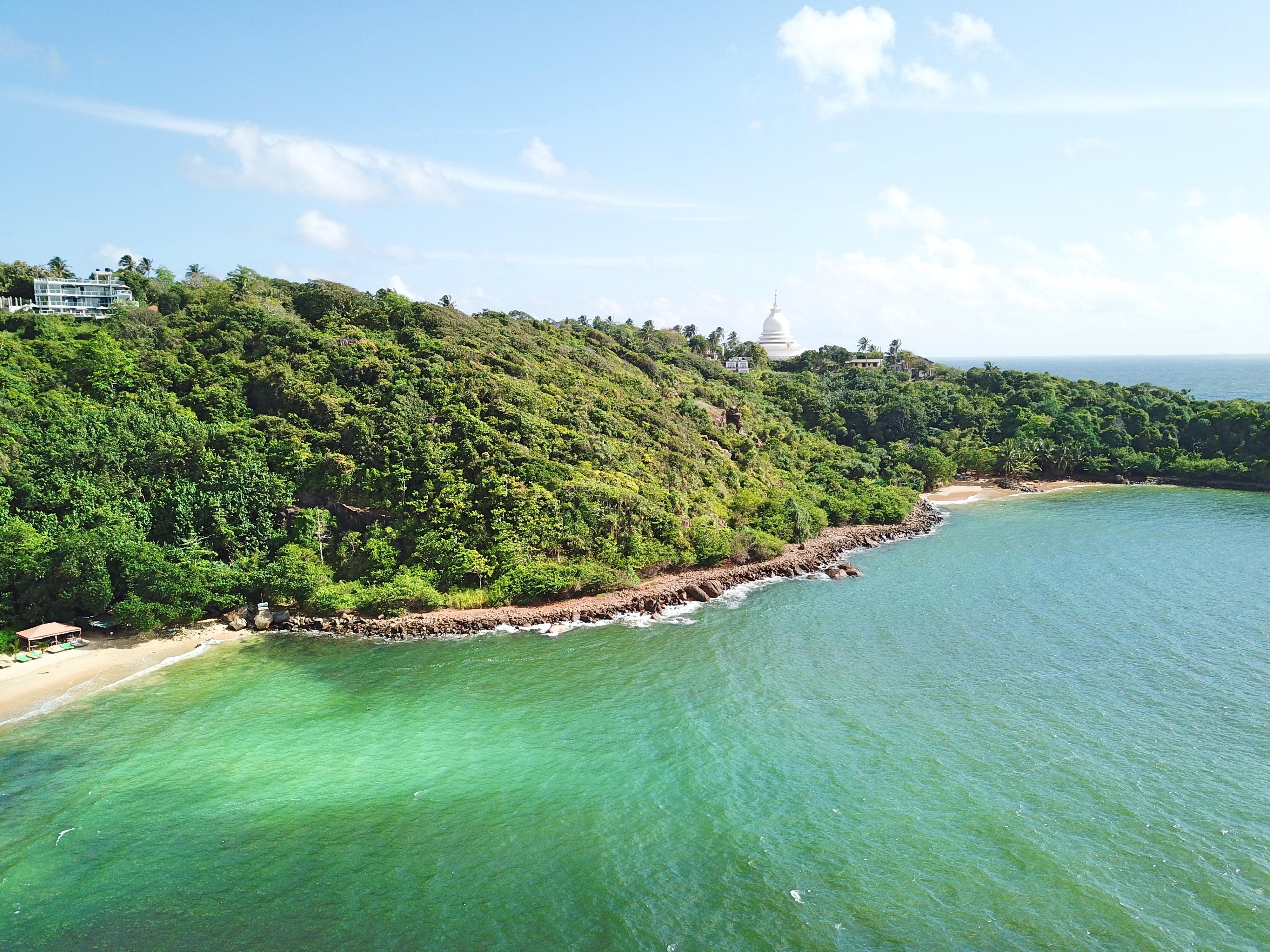 Sri Lanka Surf Canteloupe Hotels