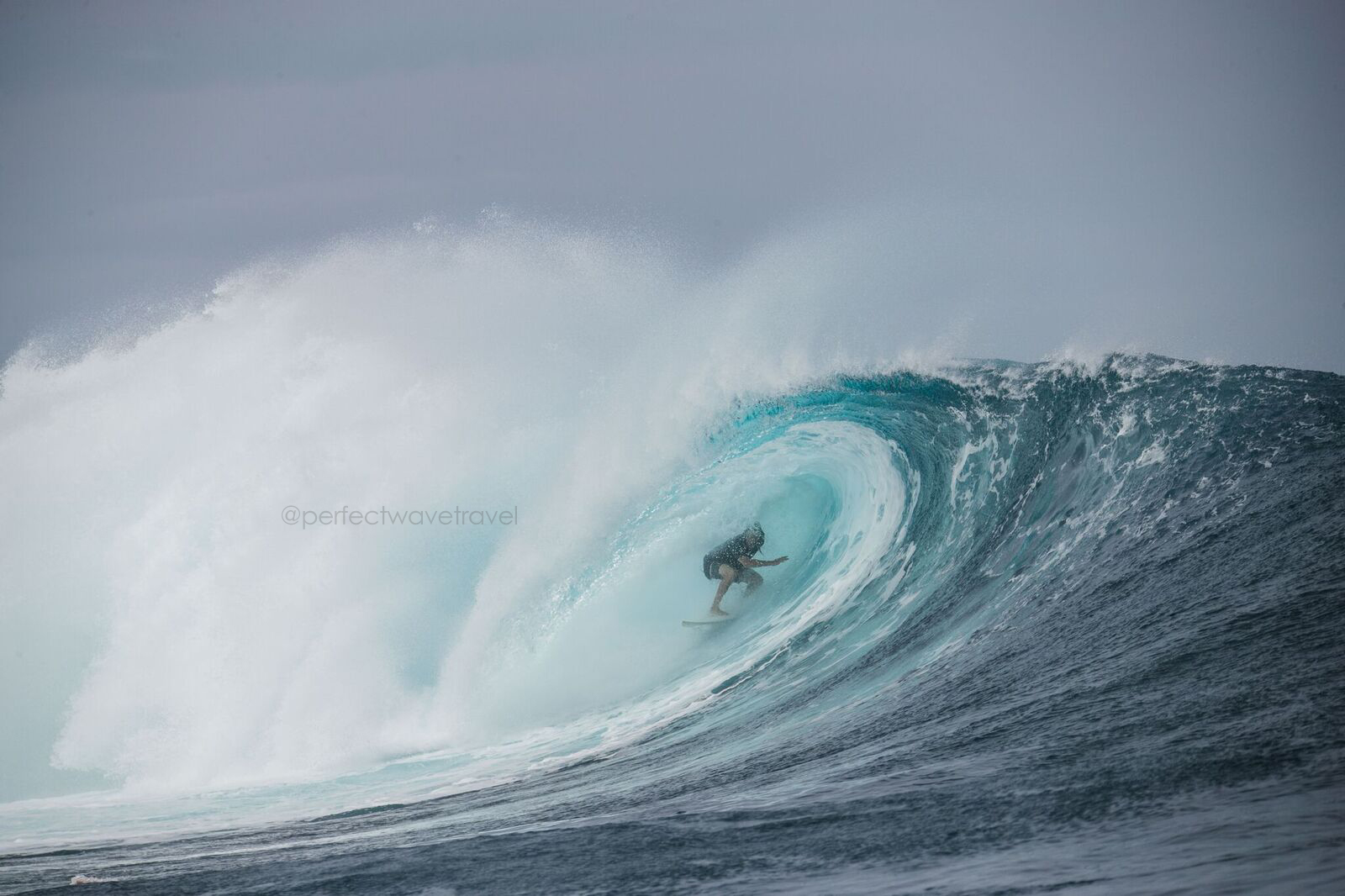 13-namotu-island-surf-guide-and-for-good-reason_preview
