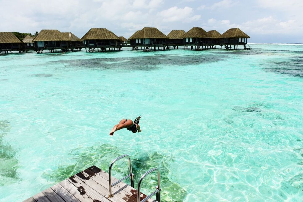 luxury surfing maldives club med kani