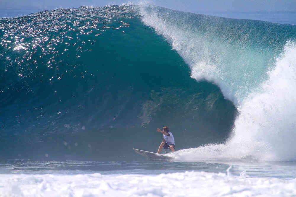 surfing Keramas at Komune Resort