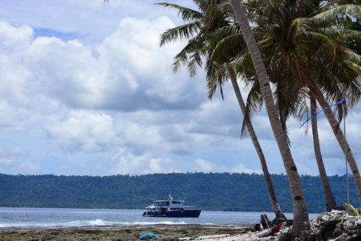 Sibon Baru Banyaks surf charter