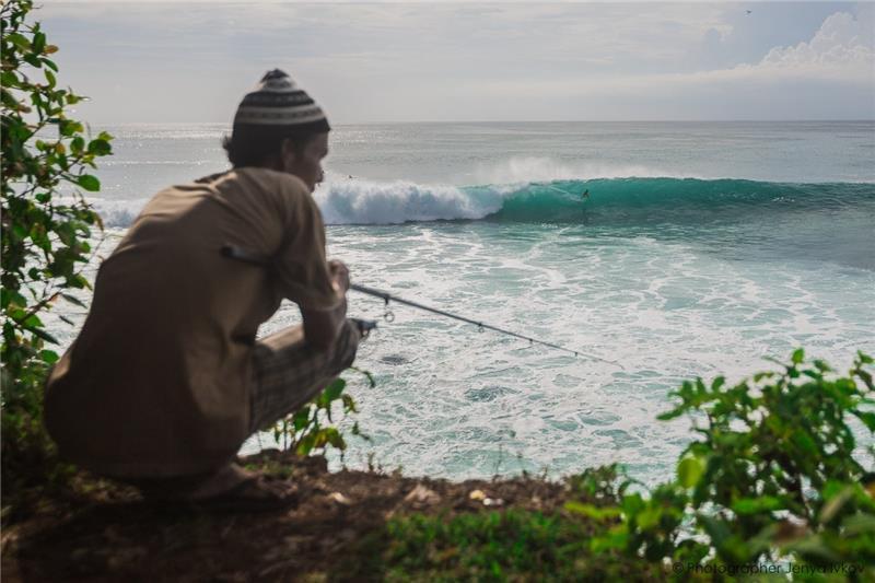 Bali surf resort Barton Lynch coaching